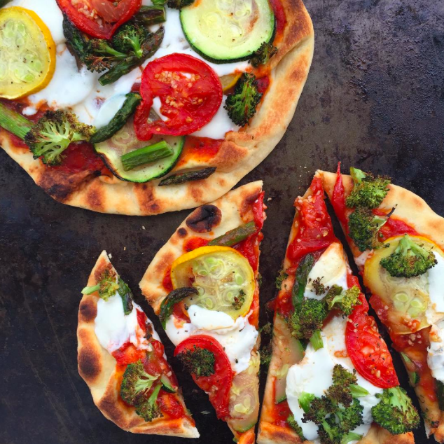 roasted veggie naan pizza