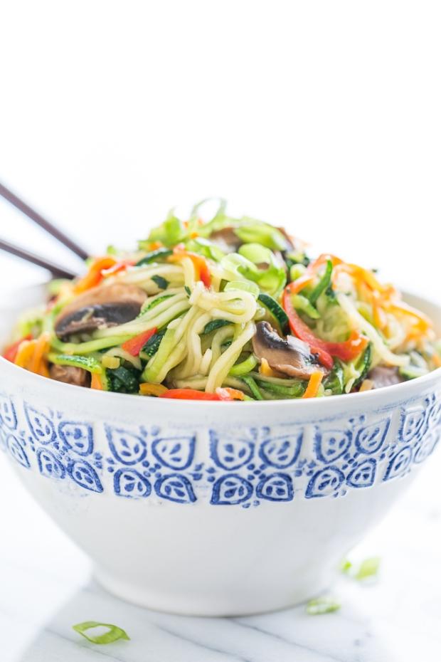 Zucchini-Noodle-Lo-Mein-GI-365-4